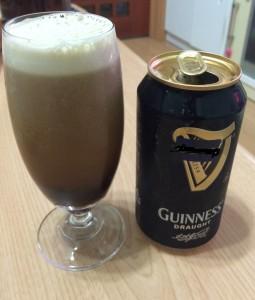ギネスのドラフト黒ビール