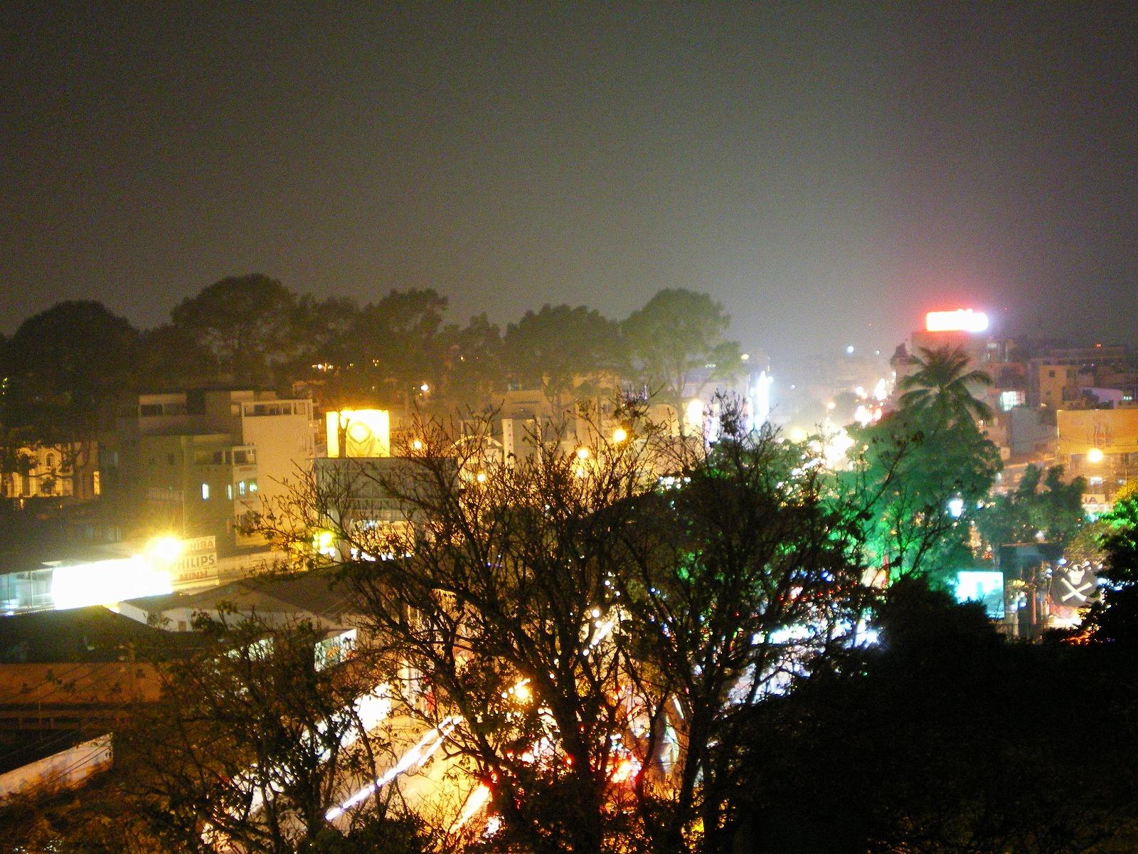 ベトナム ホーチミンの夜景