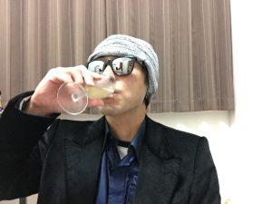 マルティヴェイ ブリュットのグラスを飲んだところ